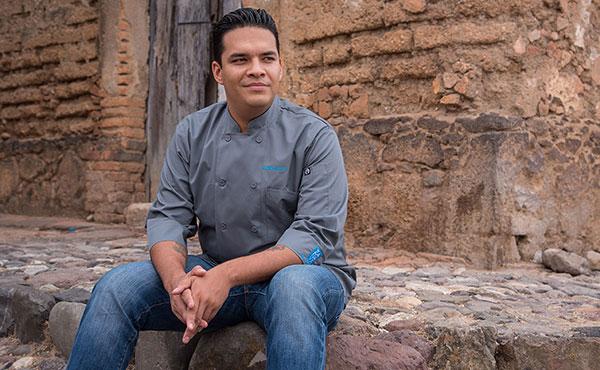 Chef tonatiuh Cuevas, Zanaya