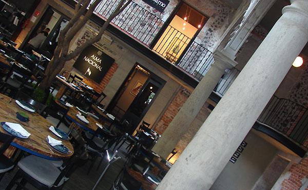 Restaurante Azúl Histórico en queremoscomer.rest